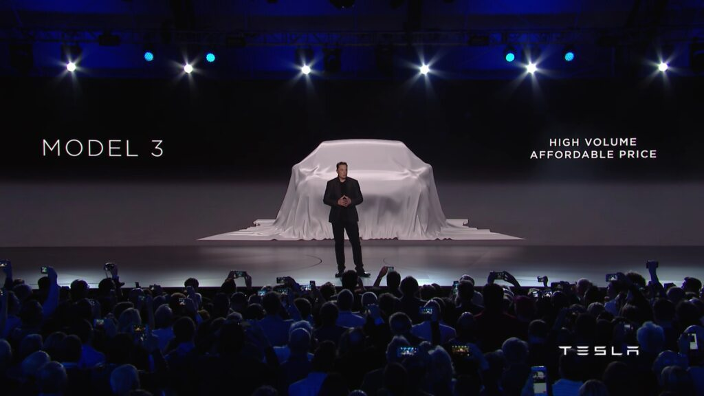 Tesla Model 3 unveil © youtube.com